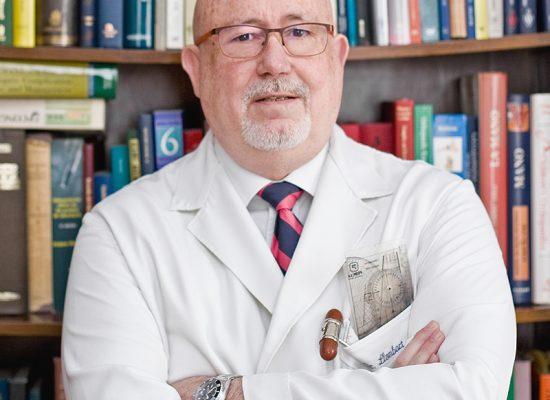 Dr. Rafael Llombart
